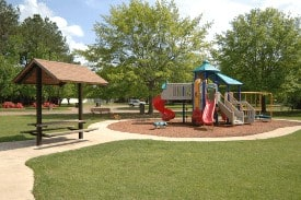 Commercial Landscape, Irrigation, Leaf Removal & Raking Services in Tuscaloosa, AL